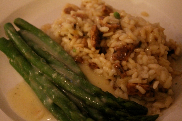 Asparagus with Cream Sauce & Tempeh Bacon Risotto